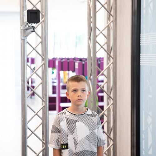 Latvijā pirmā stacionārā ķermeņa temperatūras mērīšanas ierīce